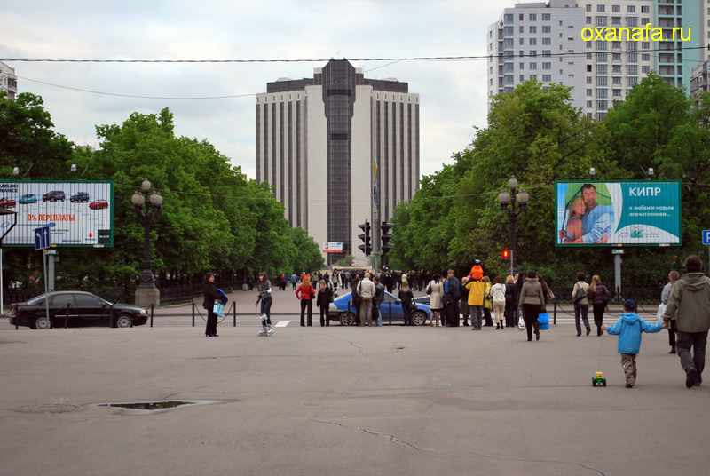 http://www.oxanafa.ru/img/rosarium72.JPG