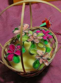 поиск композиции из сделаннах цветов