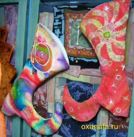 Сапоги-скороходы в стиле батик.