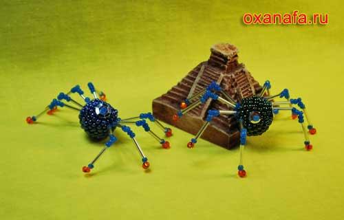 пауки из бисера