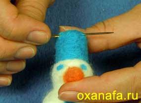 пришивание подвески для елочной игрушки