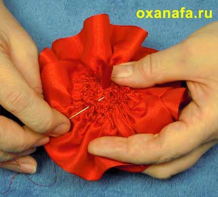 Оксана.  Автор.  Как сделать розу из ленты.