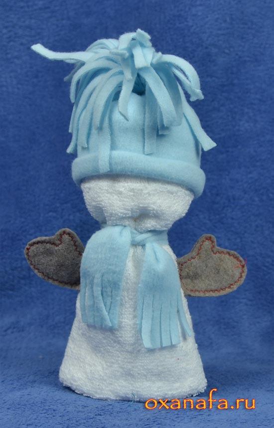фигурка снеговика из полотенца в подарок